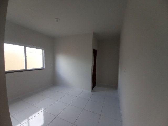 DP casa nova com 2 quartos 2 banheiros com sala 2 ambientes e garagem - Foto 7