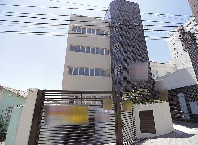 Prédio comercial Baeta Neves