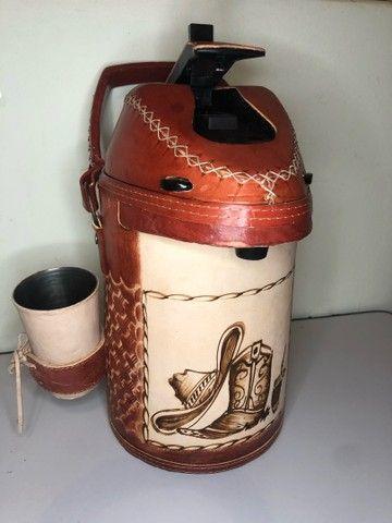 Garrafa de inox encapada de couro - 2,5 litros (terere) - Foto 6