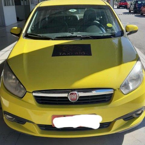 Vendo só a Autonomia do Táxi por R$ 10.000 !! Vendo GRAN SIENA - COM AUTONOMIA DO TAXI!