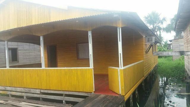 Vende_se uma casa no bairro Universidade