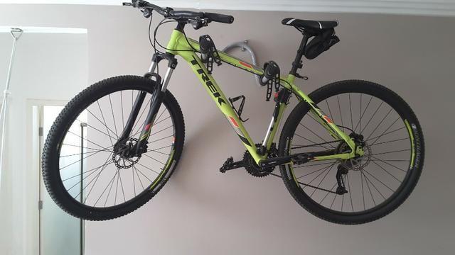 "Vendo Bike Trek Merlim 7 Aro 29"" zerada"