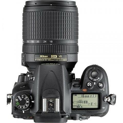 Câmera Nikon D7000, com lente Nikor 18 a 140 MM - Foto 4