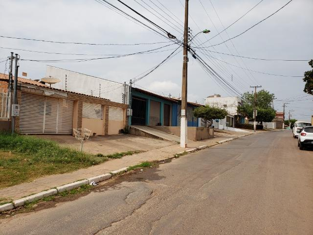 Vendo Linda Casa no Bairro Despraiado, 3 Quartos - Foto 3