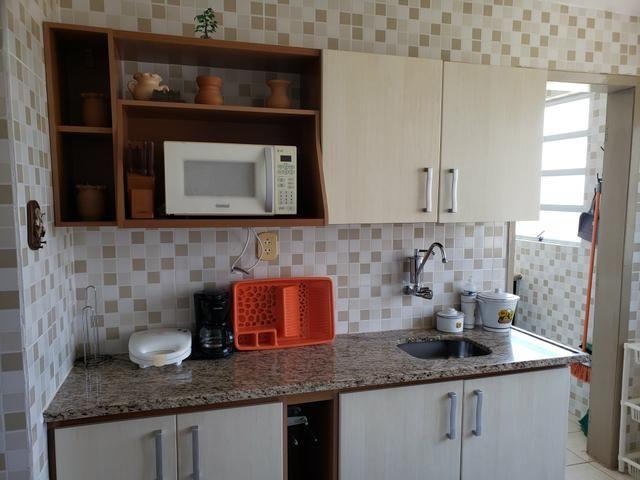 Vendo apartamento todo reformado, condomínio Atlântico na praia de Atalaia em Luis Correia