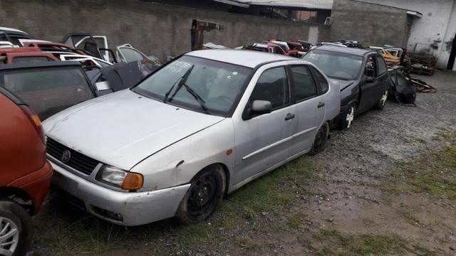 VW Polo Classic 99/00 Sucata em peças e acessórios