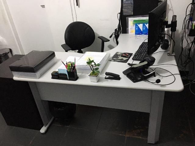 Mesa para Escritório em L Angular Pé Metalico 135cmx135cm - Foto 4