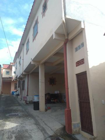 Alugo casa (2 quartos) em Cabuís, Nilópolis. Rua Antônio Pereira