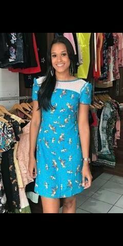 Vestido azul com tule kitson