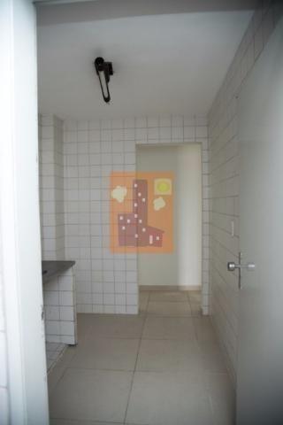 Apartamento em candelária para locação com 3 quartos, próximo ao Natal Shopping - Foto 5