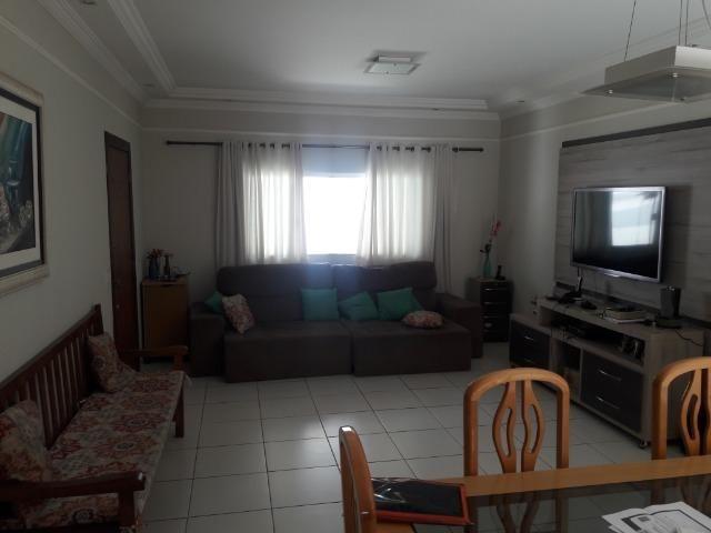 Linda Casa no Jardim Patrícia - 3 Quartos Suíte com Tamanho Diferenciado