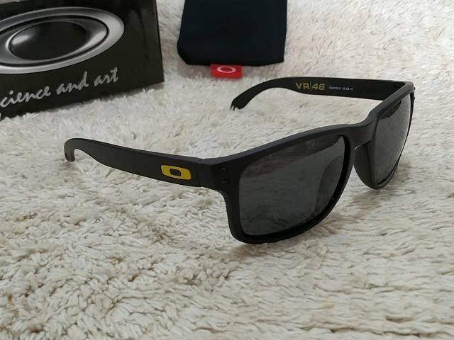 3a96c8e3e9c45 Oferta Inacreditável de R 140,00 por R 99,90 - Óculos de Sol Polarizado e  Proteção UVB UVA