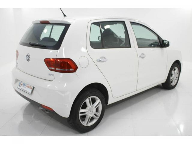 Volkswagen Fox TRENDLINE 1.6 COMP 4P FLEX  - Foto 3