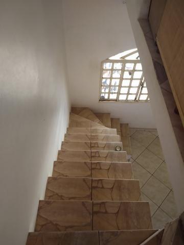 Sobrado na QR 514 Samambaia Sul 5 qtos, 2suites, casa de fundos para aluguel - Foto 2