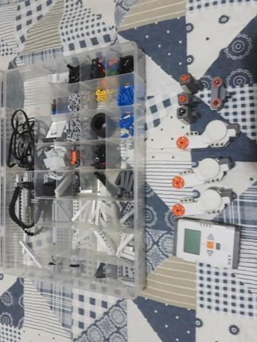 Robô/Mindstorm nxt 2.0 (robótica)