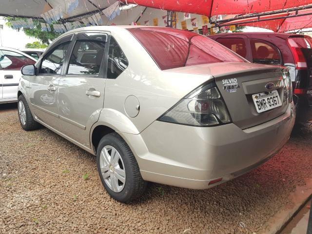 Fiesta sedan 1.6 flex ano 14