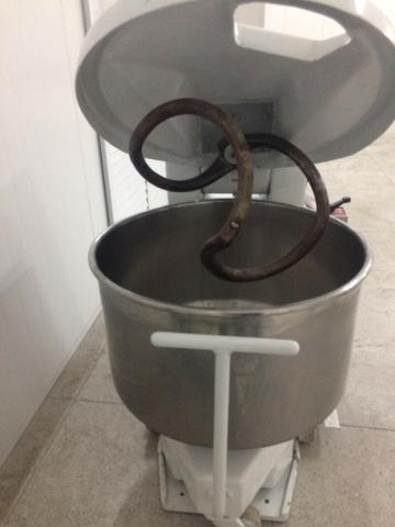 Masseira 50 kg de farinha - Foto 2