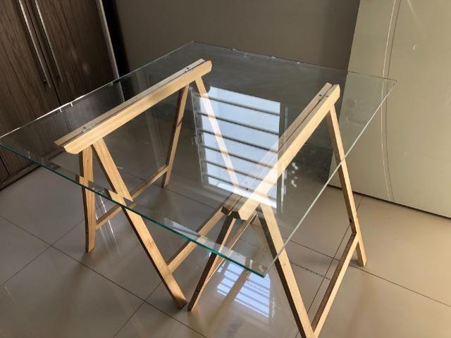 Mesa decorativa de Vidro com Cavalete - Foto 3