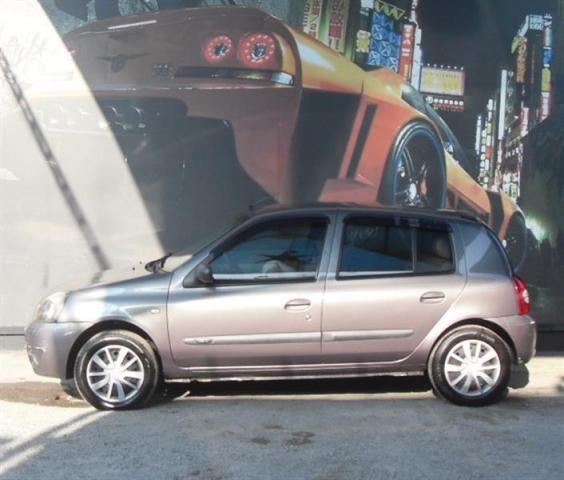 RENAULT CLIO 1.0 EXPRESSION 16V HI-FLEX 4P MANUAL - Foto 5