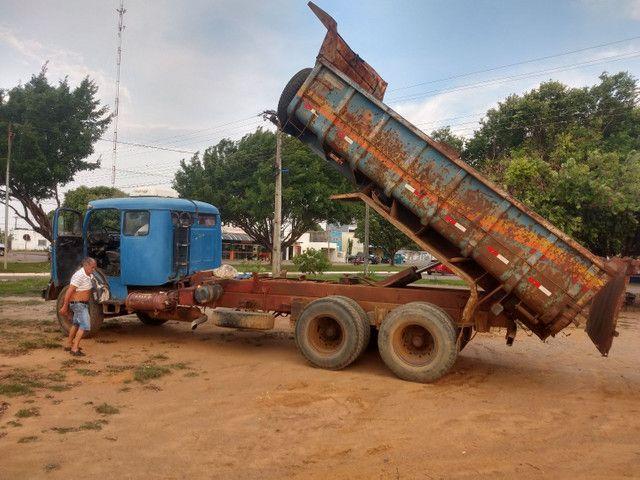 Caminhão caçamba - Foto 2