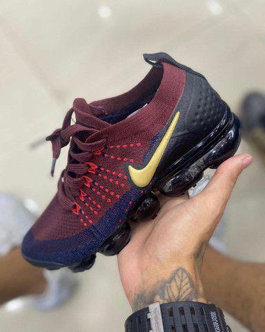 extremidades Traer arma  Tênis Nike vapormax 2.0 Barcelona Vermelho e azul - Roupas e calçados -  Centro, Vitória 795020381 | OLX