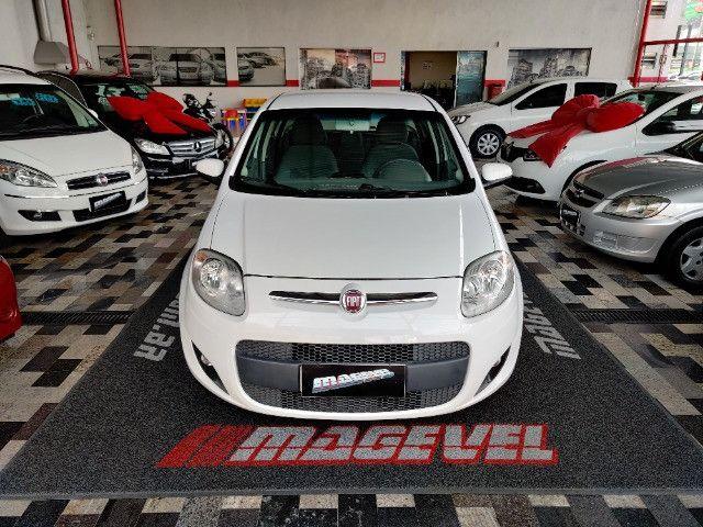 Fiat Palio atractive 1.4 Completo Ano 2014 com gnv ! - Foto 6