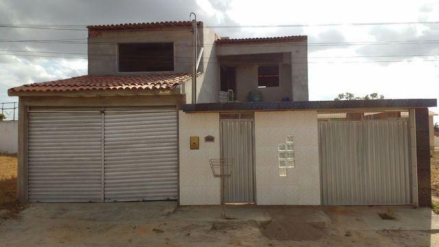 Casa com primeiro andar - Foto 9