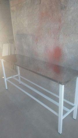 Mesa em aço inox