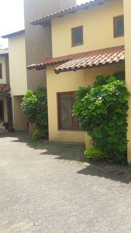 Alugo Sobrado em condomínio, 3D, Centro de Canoas, suíte, closet, churrasqueira - Foto 12