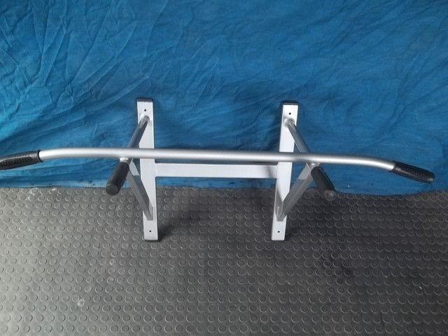 Barra fixa de parede com 6 parabolts - suporta 140 kg -240,00 - Foto 3