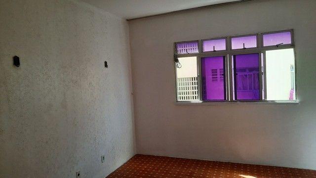 Apartamento três quartos, reformado, nascente, oportunidade! - Foto 15
