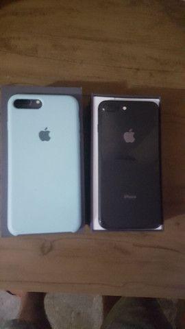 Iphone 8 plus semi novo - Foto 3