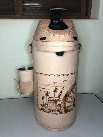 Garrafa de Terere encapada 4 litros - Foto 3