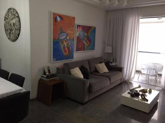 3 quartos sendo 1 suite no Aquarius Pituba