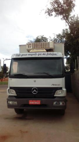 Caminhão mercedes 1418 /2008 vendo no chassi tambem sem bau
