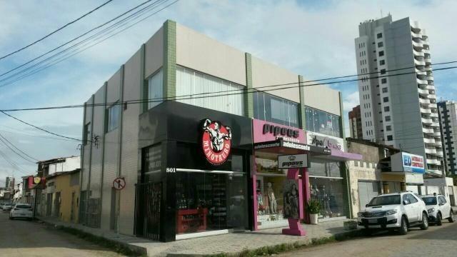 Sala / escritório / loja a menos de 30 m da Av. Getúlio vargas