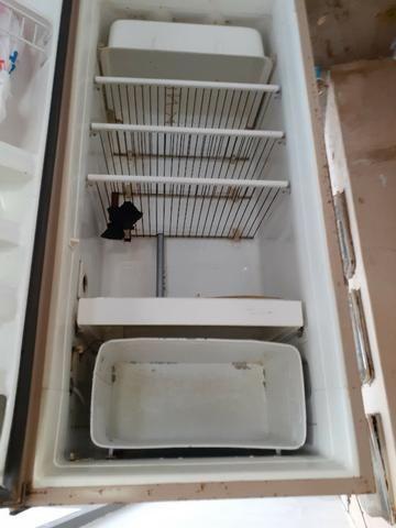 Geladeira Consul 280l, 220V, usada, funciona perfeitamente - Foto 2