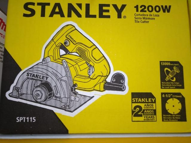 Black Friday de R$ 289,90 por R$ 230,00 - Serra Marmore 115mm 1200W 220V Stanley