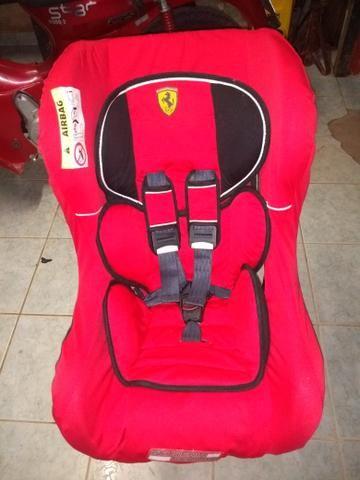 Vendo cadeira de bebê pra carro