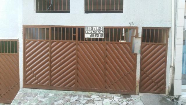 Casa de 5 e 8 cômodos no Cia 1, R$ 790,00 (Leia o anúncio)