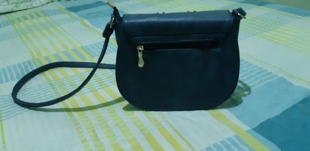 Bolsa azul em ótimo estado - Foto 2