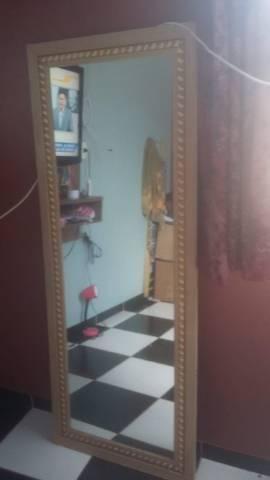 Vende-se espelho
