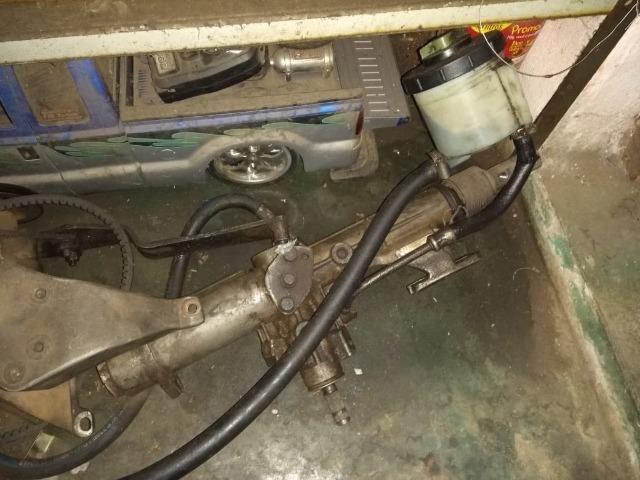 Caixa de direção hidráulica original do Santana com suporte e bomba - Foto 2