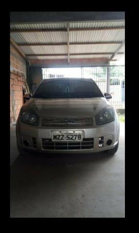 Vendo carro Ford Fiesta sedan ano 2008 - Foto 2