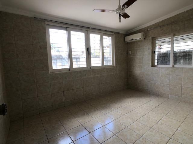 Casa no Cordeiro, 3 quartos, 2 suítes, 3 salas e 4 vagas - Foto 10