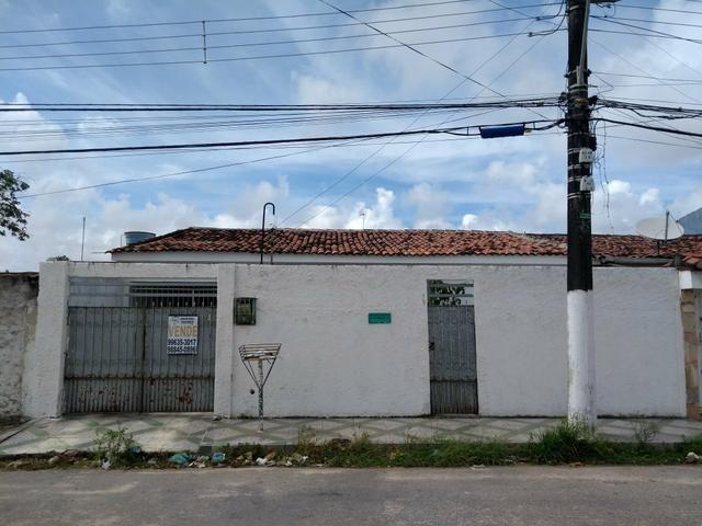 Casa no bairro Salvador Lyra