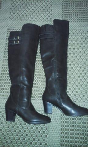 c7e1e9ba3d Vendo botas novas nao numca usada - Roupas e calçados - Efapi ...