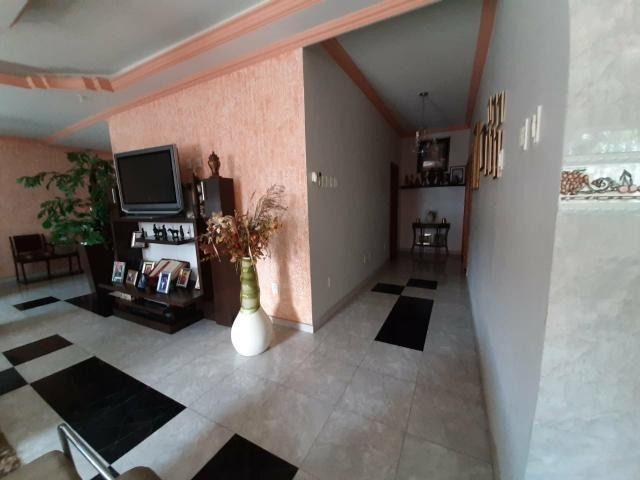 Residencia com Piscina, 4 Qtos, Modulados, Área Nobre - Foto 2