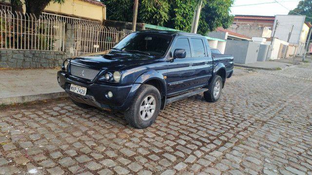 L200 hpe 2005 sport