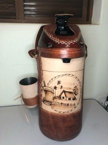 Garrafa de Terere encapada 4 litros - Foto 5